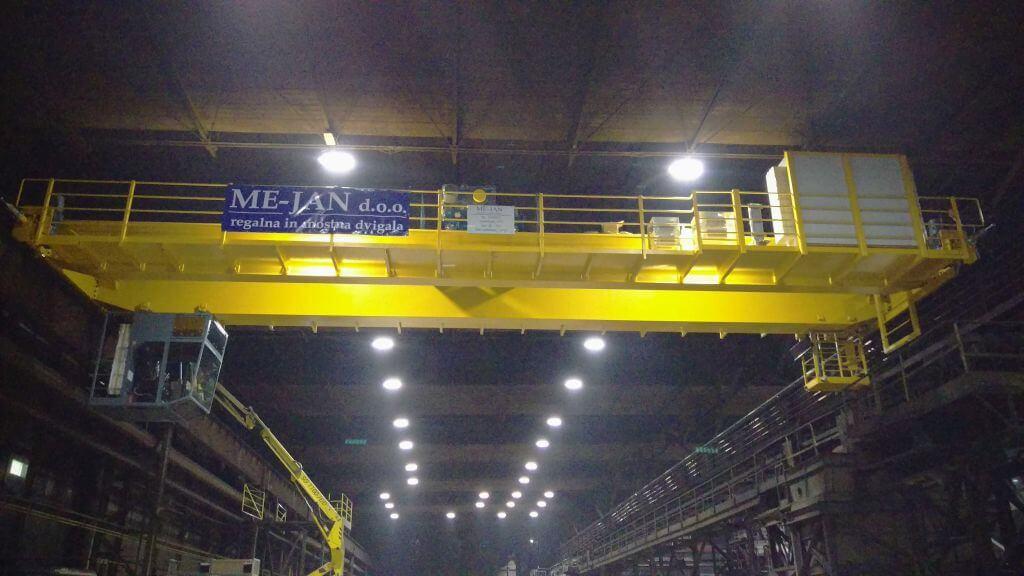 Procesna mostna dvigala